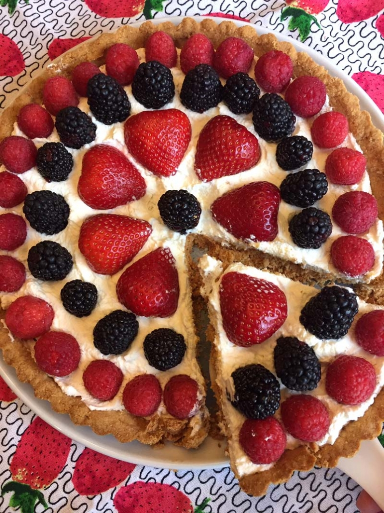 Easy Low Carb Gluten Free Berry Tart