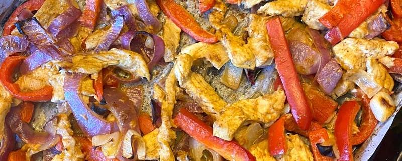 Sheetpan Chicken Fajitas