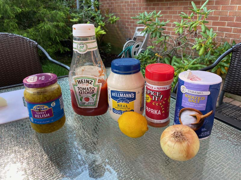 Ingredients for homemade thousand island dressing